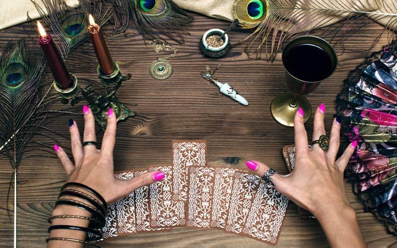 Tarot Karta - Trojka Diskova